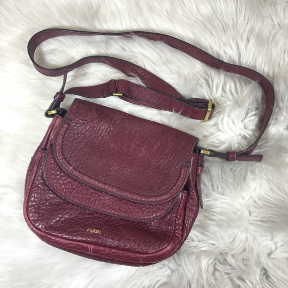 f02d582886 Fossil Handbags - FOSSIL Distressed Red Leather Cross Body Purse